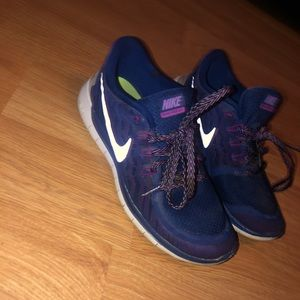 Nike free run 5.0 shoes